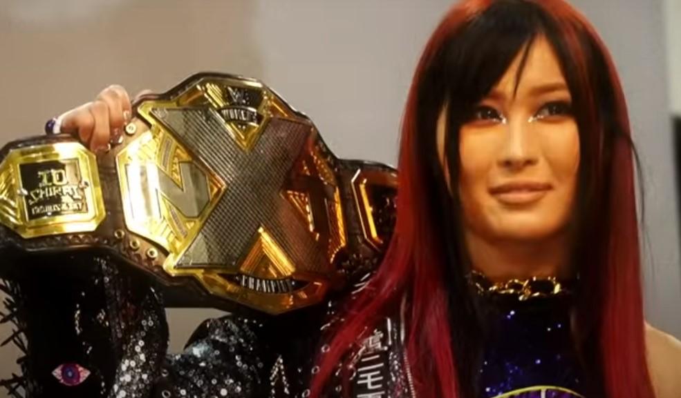 WWE女子紫雷イオ