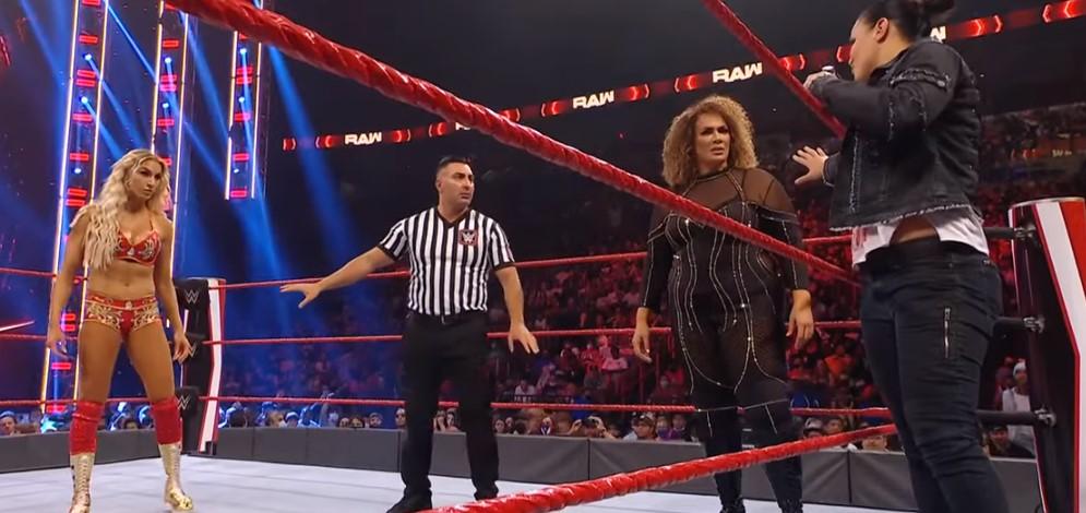 WWEナイア・ジャックス&シエイナ・ベイズラー